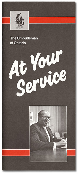 Couverture : Brochure de l'Ombudsman de l'Ontario, At Your Service, [vers 1984-1988]