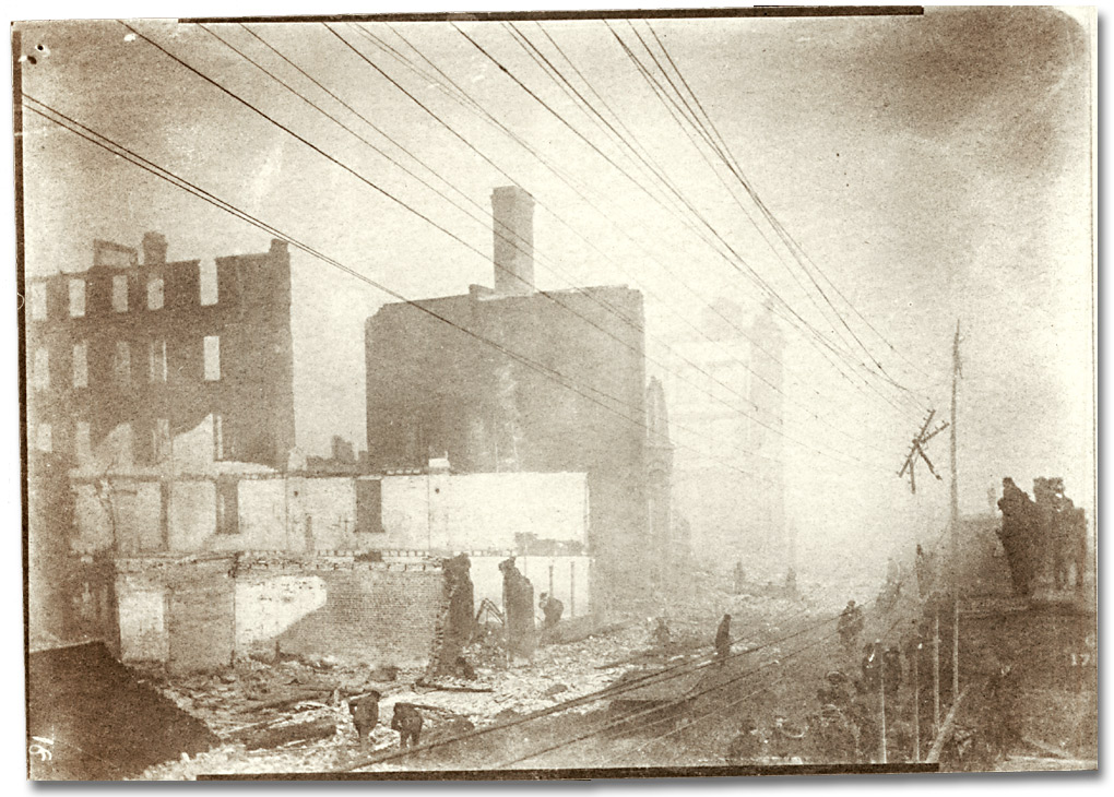 Photographie : Aftermath of the Toronto (?) Fire, [1904]