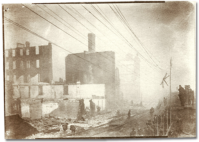 Photographie : Aftermath of the Toronto (?) Fire, [1904] (5)