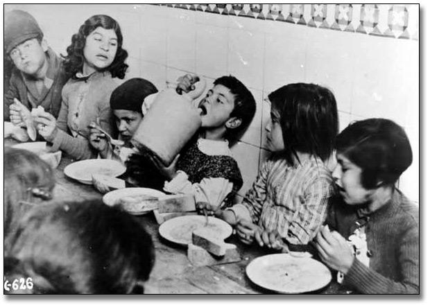 6696efc3127a Children s Art from the Spanish Civil War  Unidentified children ...