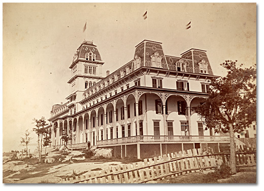 Photographie : Alexander Bay Thousand Island Hotel, [vers 1875]