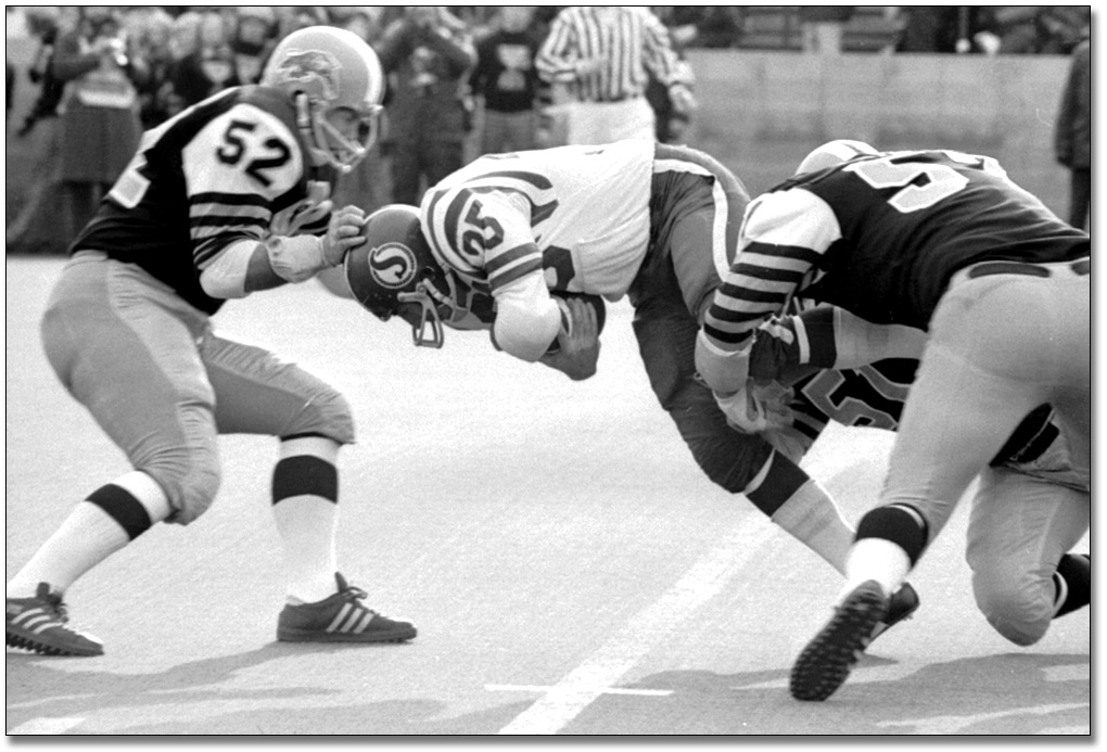 Grey Cup game between Hamilton Tiger Cats and Saskatchewan Roughriders, 1972