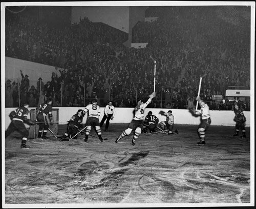 A goal is scored by the Toronto Maple Leafs during playoffs against the Detroit Red Wings, 1942