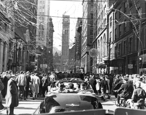 A Toronto Maple Leafs parade on Bay Street, 1947