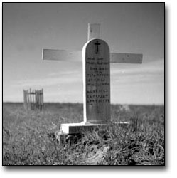 Photo: Grave of Moses Bluecoat at Fort Severn, 1955