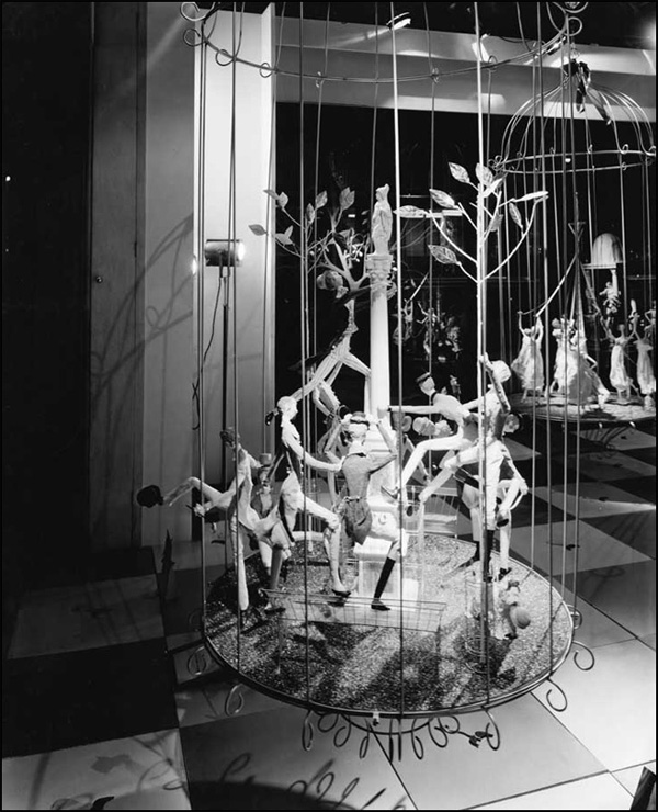 Ten Lords a-Leaping, Twelve Days of Christmas display, 1959